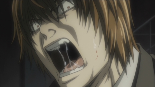 Light-Yagami-death-note-35699129-722-404